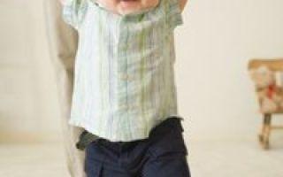 Этапы развития ребенка до года: как преодолеть сложные моменты