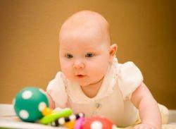 Ребенок в 5 месяцев: развитие и питание без проблем