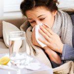 Можно ли кормить ребенка молоком при температуре: какие условия нужно соблюдать