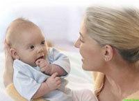 Ребенок 4 недели: развитие крохи и ежедневный уход за ним