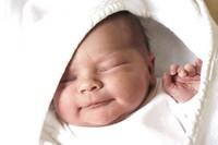 Потеет голова у ребенка во сне: выясняем причины и принимаем меры