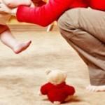 Развитие ребенка от 0 до 12 месяцев: этапы первого года жизни